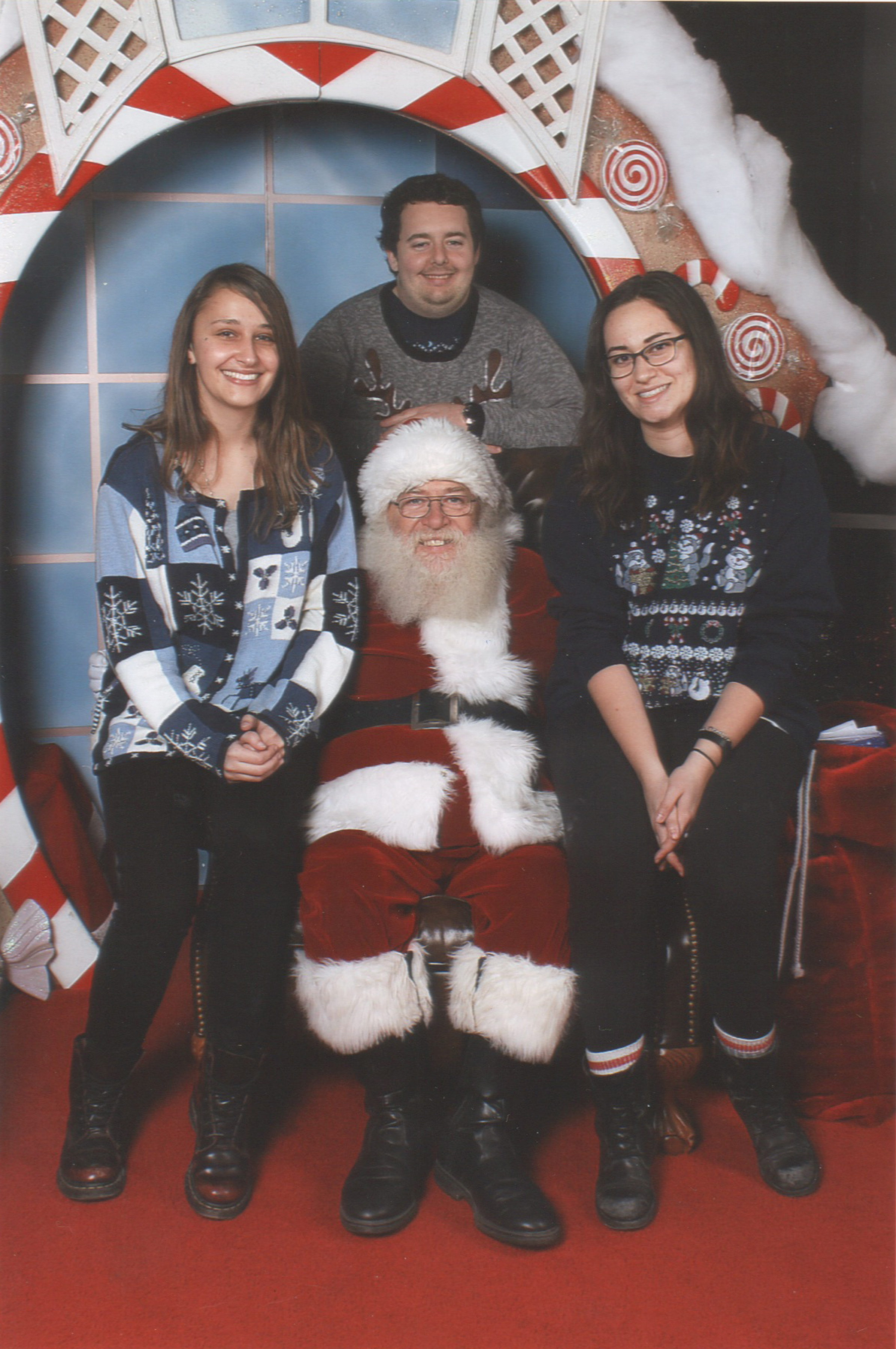 Fitzpatrick lab student with Santa